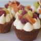 Ταρτάκια με βρώμη, κρέμα ζαχαροπλαστικής με lime & φρούτα εποχής